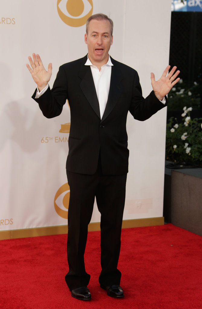 Bob Odenkirk mixed up his red carpet poses.