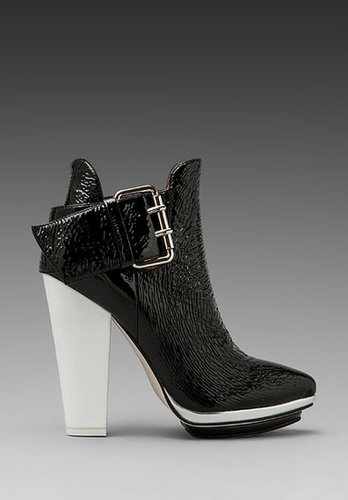 Jeffrey Campbell Bonita in Black Patent/White