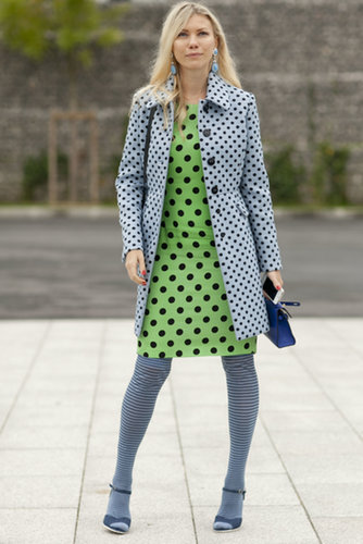 When we say head-to-toe print, we're talking about her.