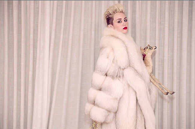 """""""We Can't Stop"""" Miley: Goat Edition"""