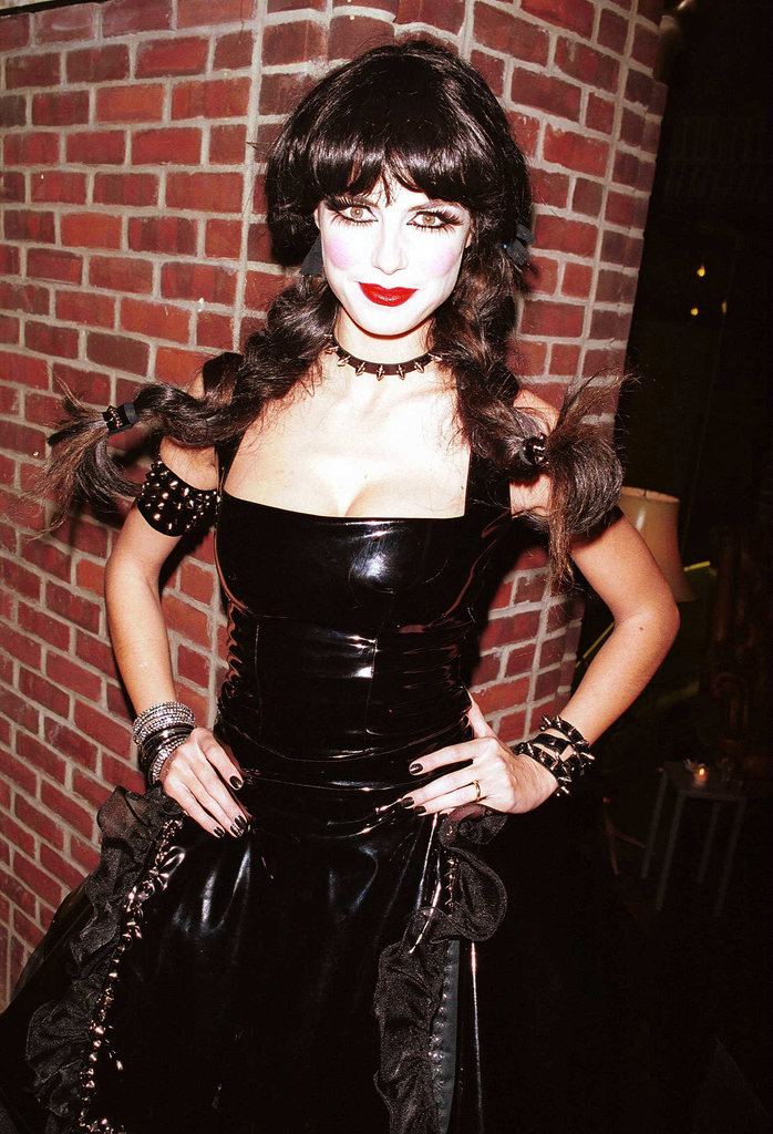 Back in 2000, Heidi Klum went as a pale-faced beauty with a gothic twist.