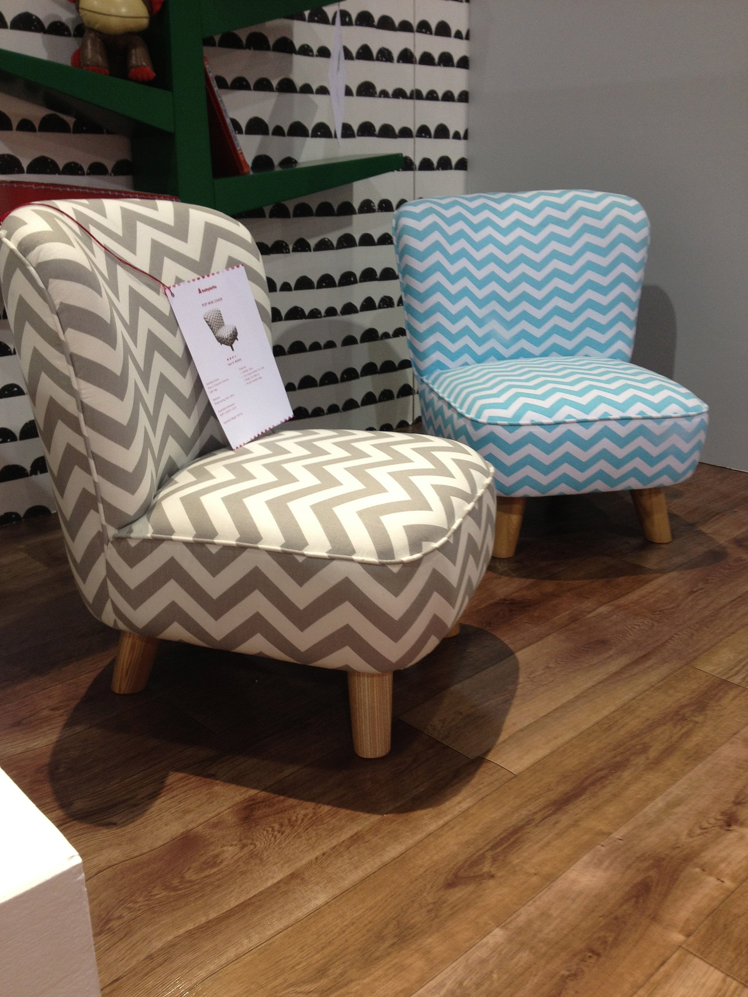 How cute are babyletto 39 s new pop mini chairs 133 baby for Cute toddler chairs