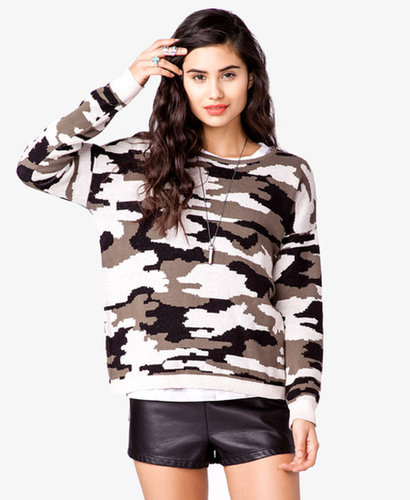FOREVER 21 Boxy Camo Sweater