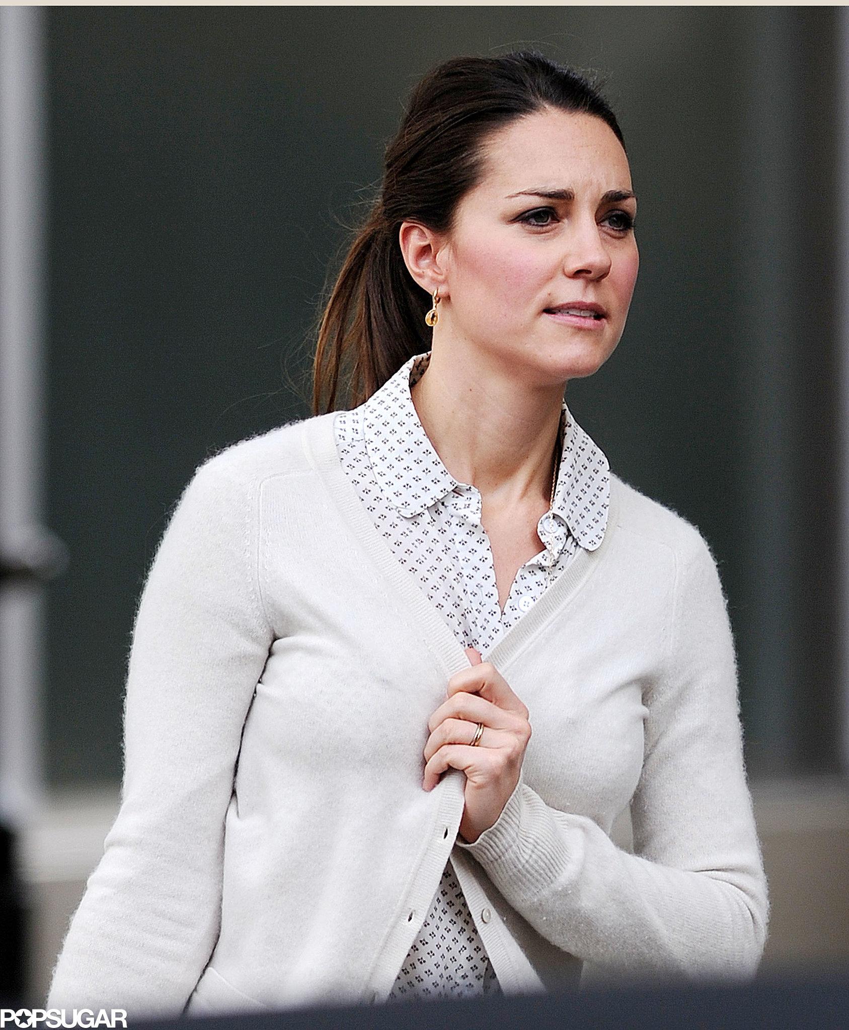 Kate Middleton Bargain Shops in Sneakers!