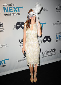 Ahna-OReilly-wore-mask-Halloween-bash-LA
