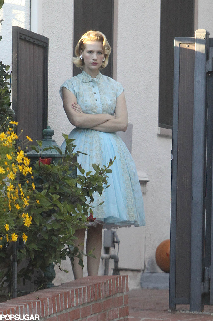 January Jones dressed up as Betty Draper for Halloween.