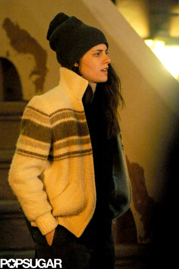 Kristen-Stewart-hopped-over-NYC-Monday-film-her-new