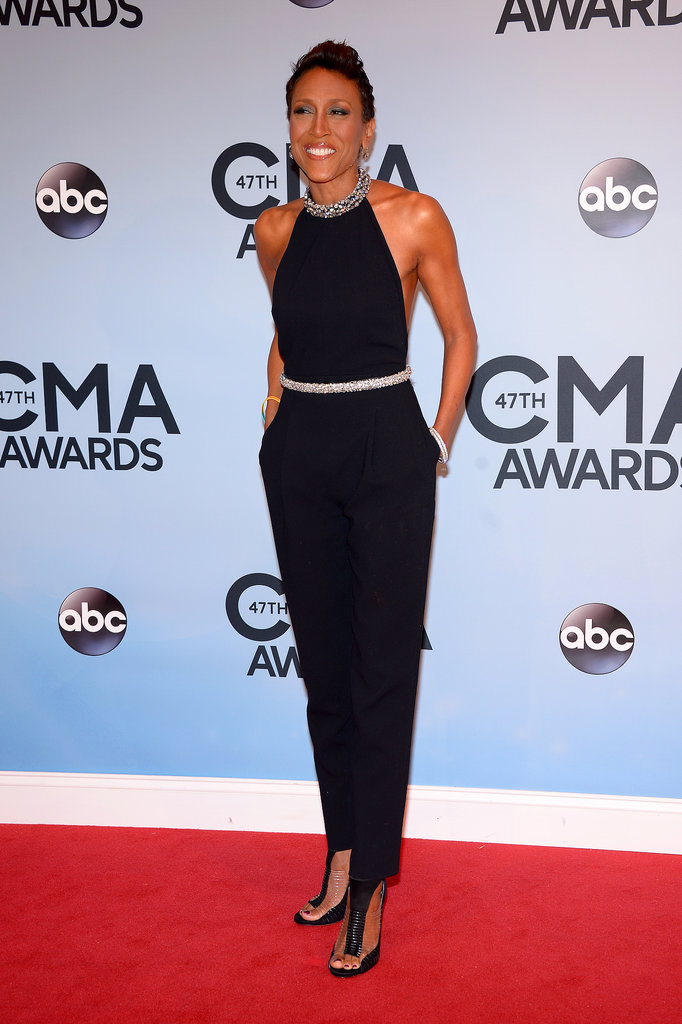 Robin Roberts flashed her famous smile at the CMAs.