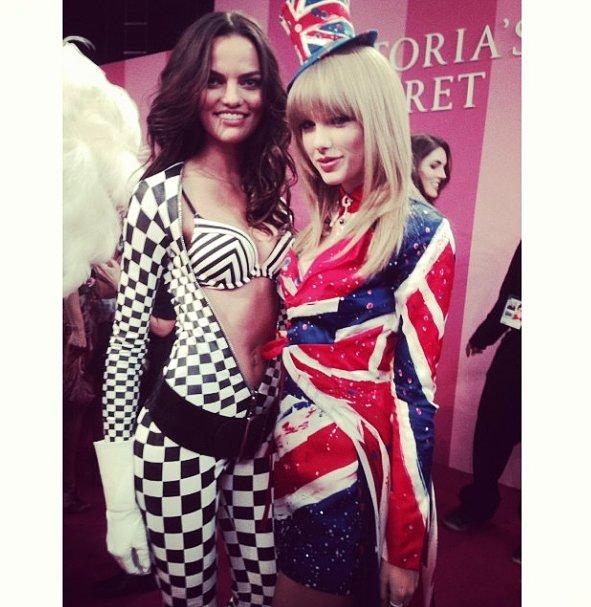 It was stars, stripes, and checks from Barbara Fialho and Taylor Swift. Source: Instagram user arbarafialho1