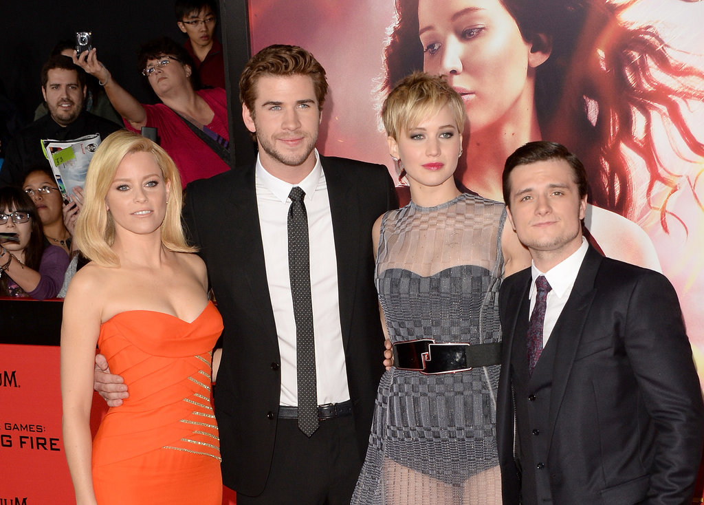 The cast got together on the red carpet.