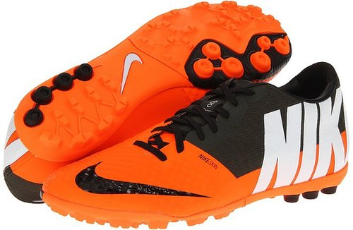 Nike - Nike Bomba Finale II (Total Orange/Sequoia White) - Footwear