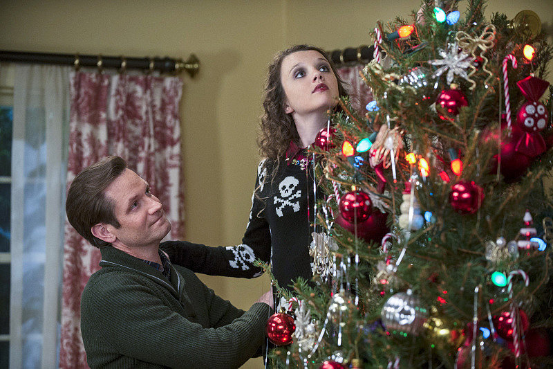 The Carrie Diaries Tom (Matt Letscher) and Dorrit (Stefania Owen) on The Carrie Diaries.