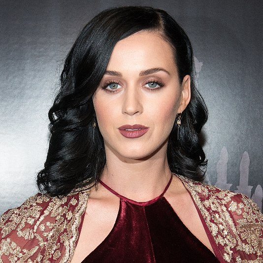 Katy Perry Holiday Makeup 2013