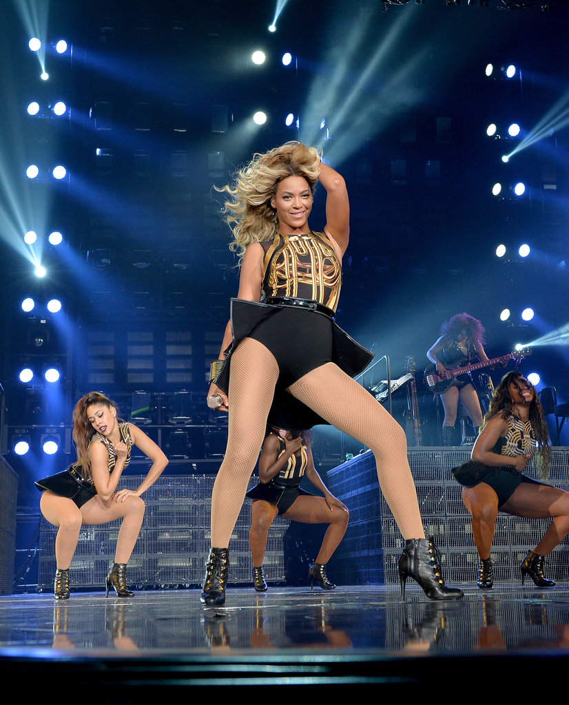 Beyoncé wowed a crowd of about 18,000 people, including plenty of famous fans, in LA at the Staples Center during a stop on the Mrs. Carter Show World Tour.