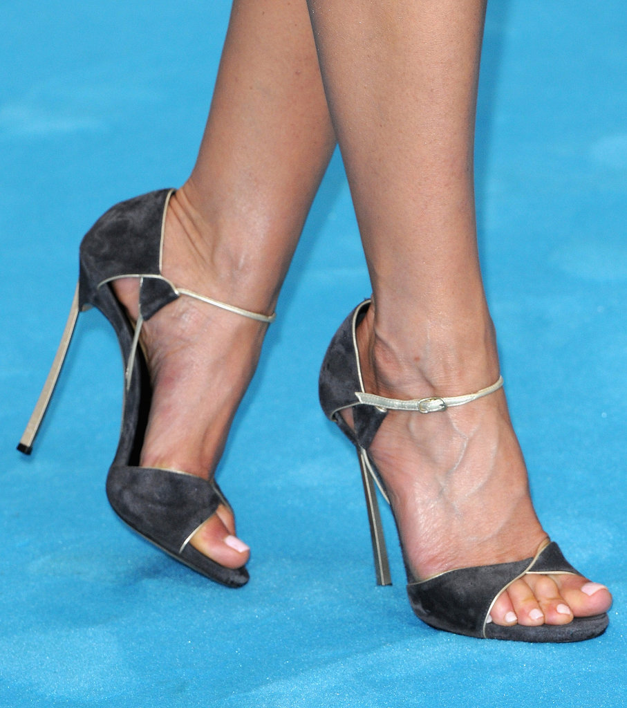Jennifer Aniston picked simple but sexy heels for a We're the Millers stop in Europe.