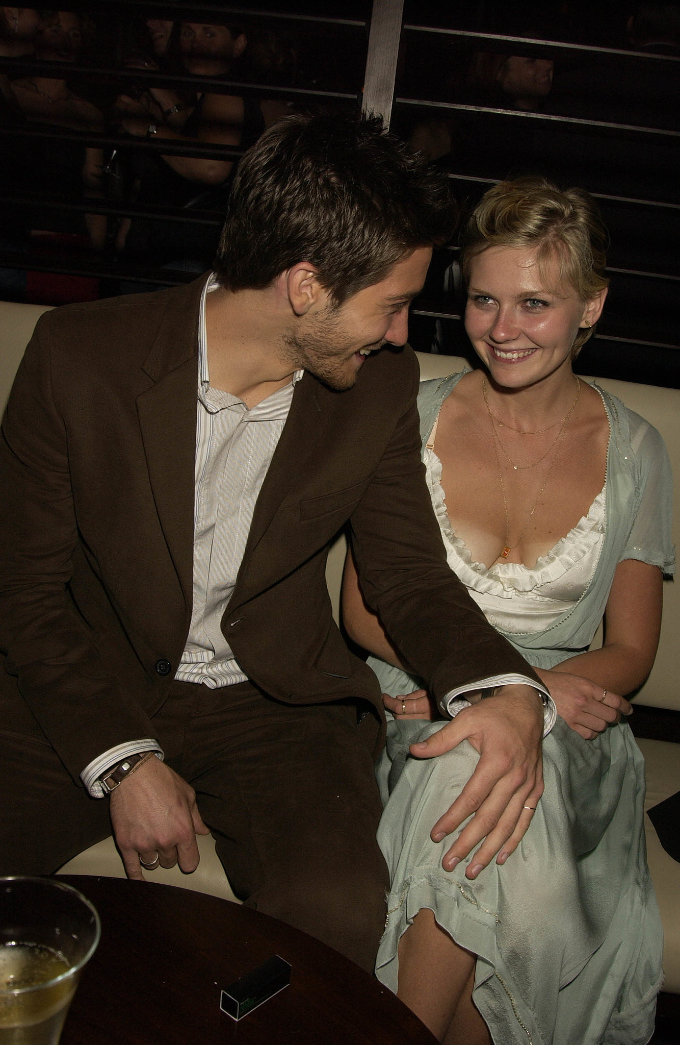 Jake and his then-girlfriend Kirsten Dunst made a cute couple at the London afterparty for The Day After Tomorrow in May 2004.