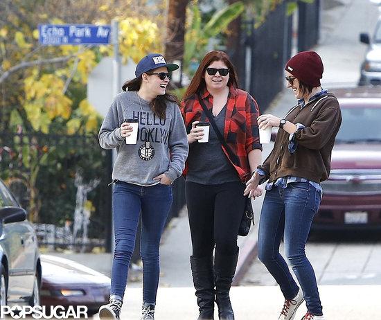 Kristen-Stewart-walked-around-LA-neighborhood-Silver-Lake