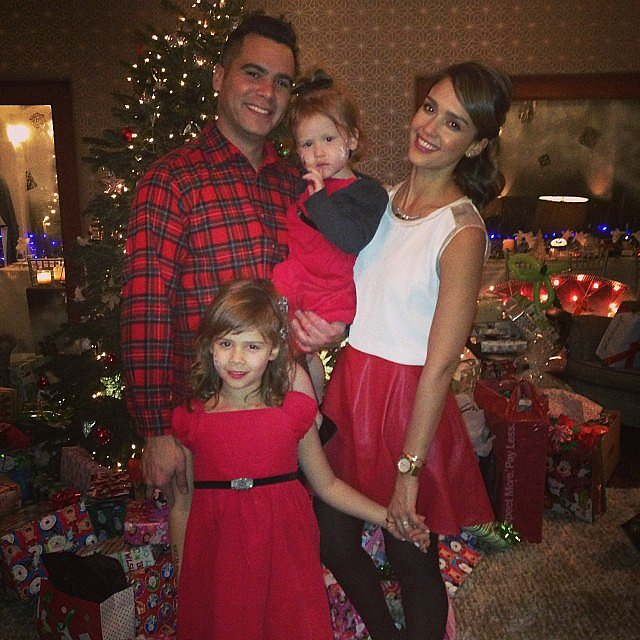 Jessica Alba and her adorable family really got into the Christmas spirit. Source: Instagram user jessicaalba