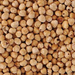 Mess-Free Ways to Skin Hazelnuts
