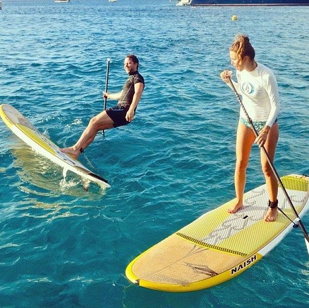 Derek Blasberg is a man of many talents . . .paddle boarding may not be one of them. Source: Instagram user derekblasberg