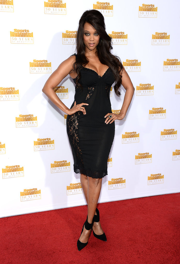 Tyra Banks looked like the ultimate bombshell on the red carpet.
