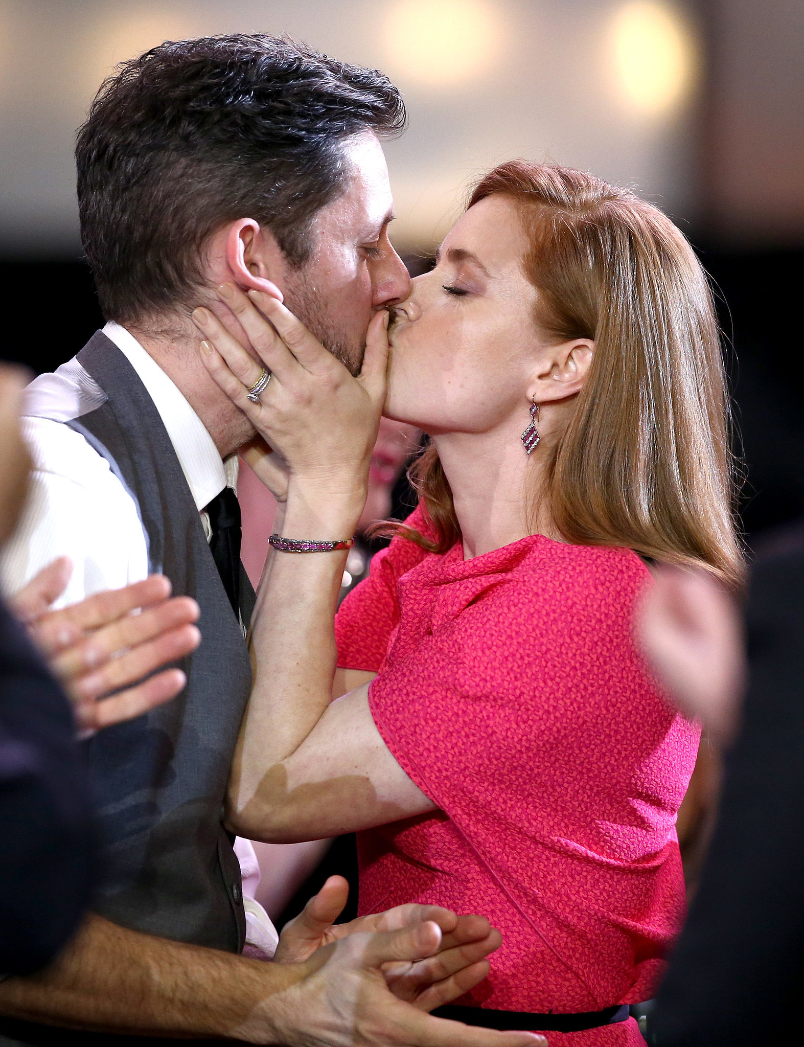 At the Critics' Choice Awards, Amy Adams kissed her partner before heading up to the stage.