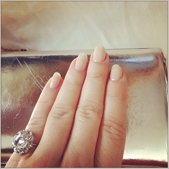 Sarah Hyland showed off a seriously sparkling pinky ring at the SAG Awards. Source: Instagram user therealsarahhyland