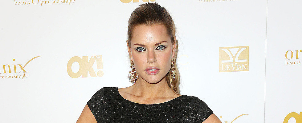 Who Wants to Date Sophie Monk?