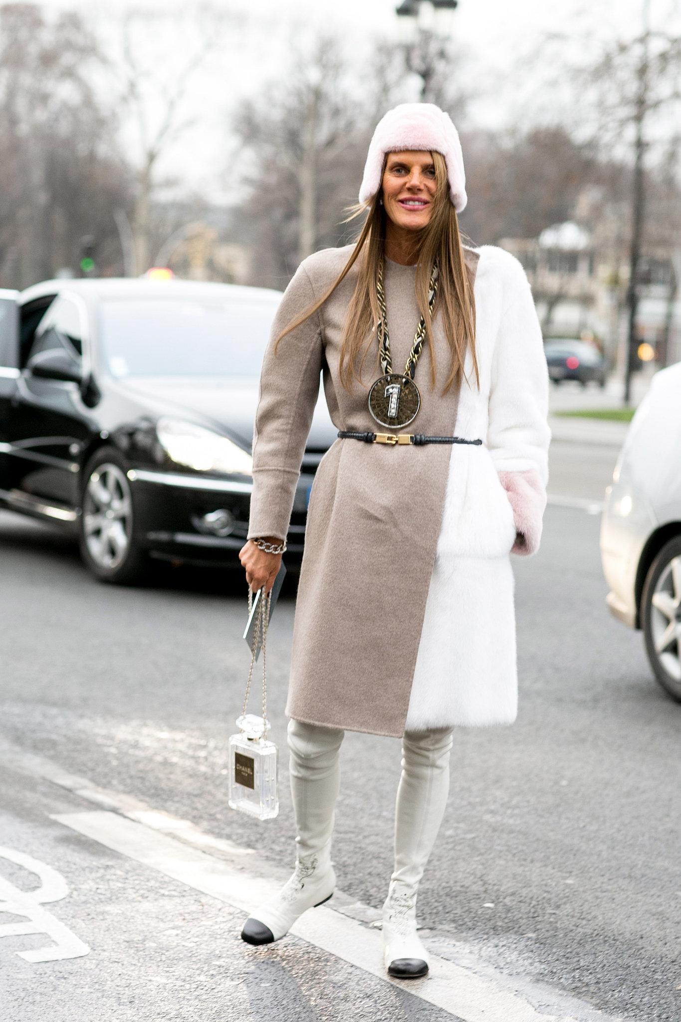 Anna Dello Russo kept it relatively simple, but she couldn't resist a few over-the-top accessories.