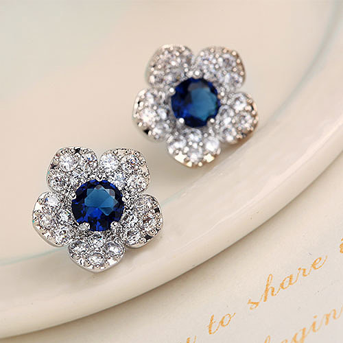 [grxjy5300161]Beautiful Flower Shaped Stud Earrings Studded with Sparkly Blue Zircon