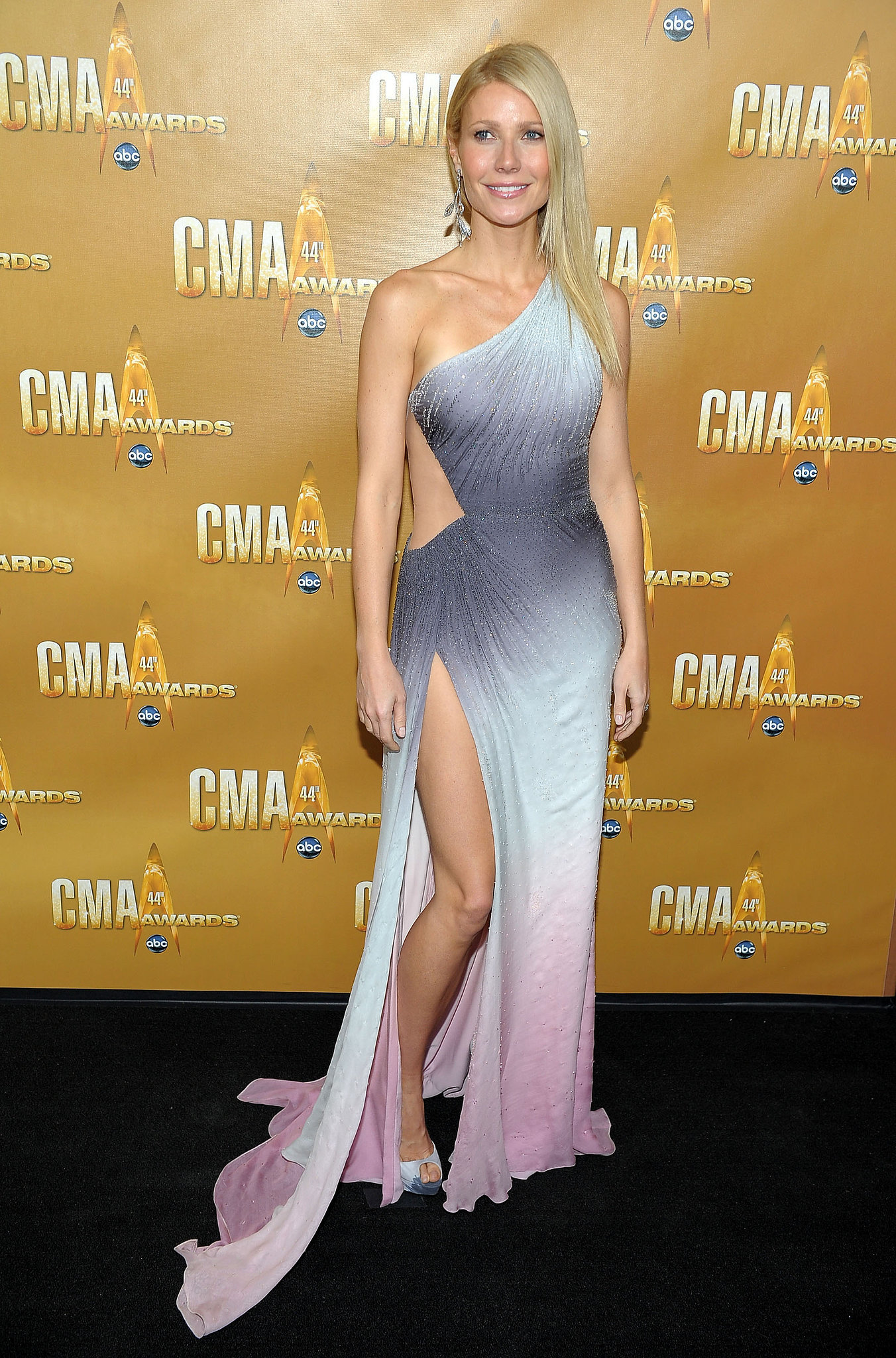 Gwyneth Paltrow in Versace at the CMA Awards