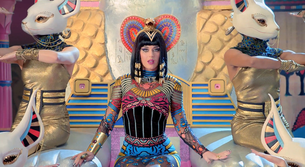 Katy Perry  quot Dark Horse quot  Music Video GIFsKaty Perry Dark Horse Egyptian Costume