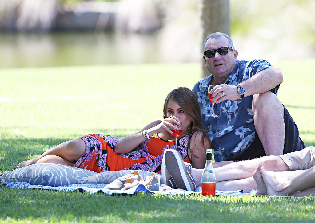 Sofia Vergara and Ed O'Neill filmed a picnic scene at the Botanical Gardens on Feb. 20.