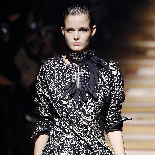 Lanvin Fall 2014 Hair and Makeup | Runway Pictures