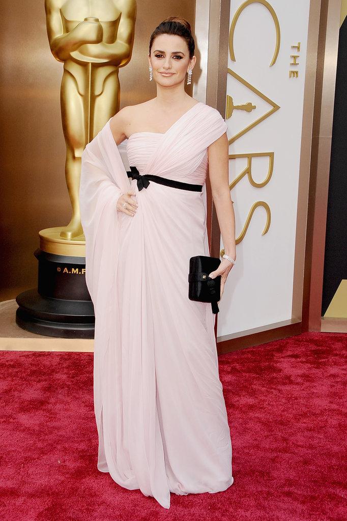 Penélope Cruz at the 2014 Oscars