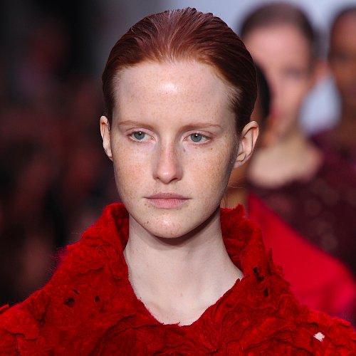 Giambattista Valli Fall 2014 Hair and Makeup | Runway