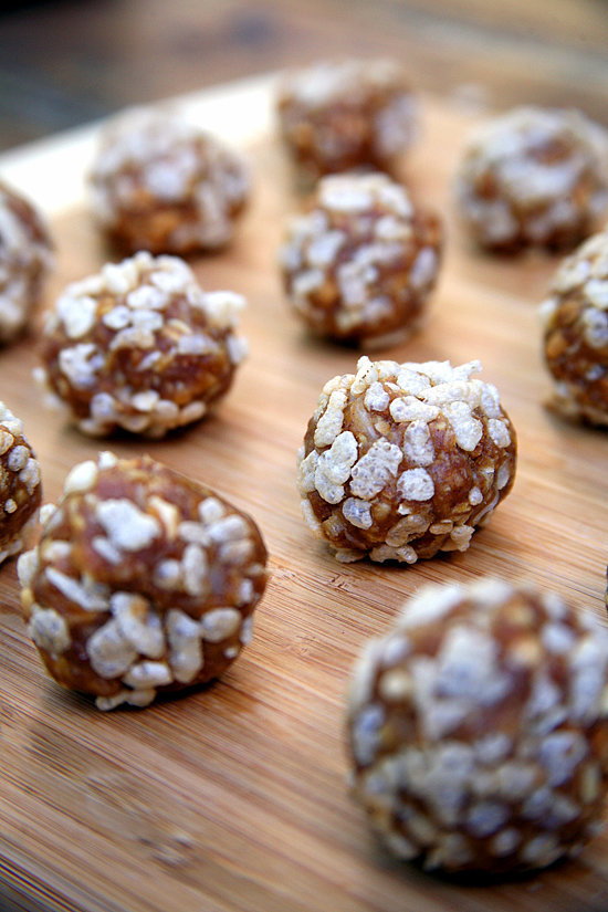 No-Bake Peanut Butter Crisp Balls