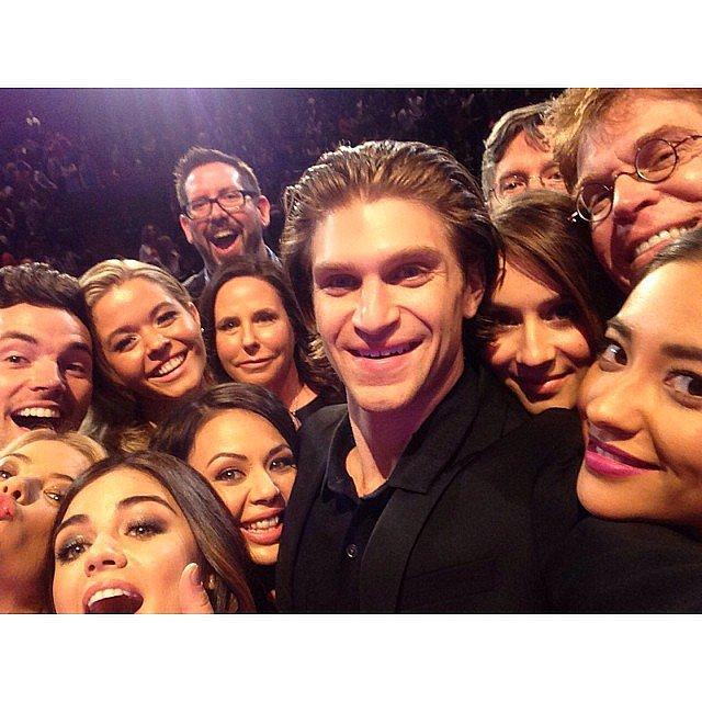 The Pretty Little Liars cast re-created Ellen DeGeneres's epic Oscars selfie. Source: Instagram user keeoone