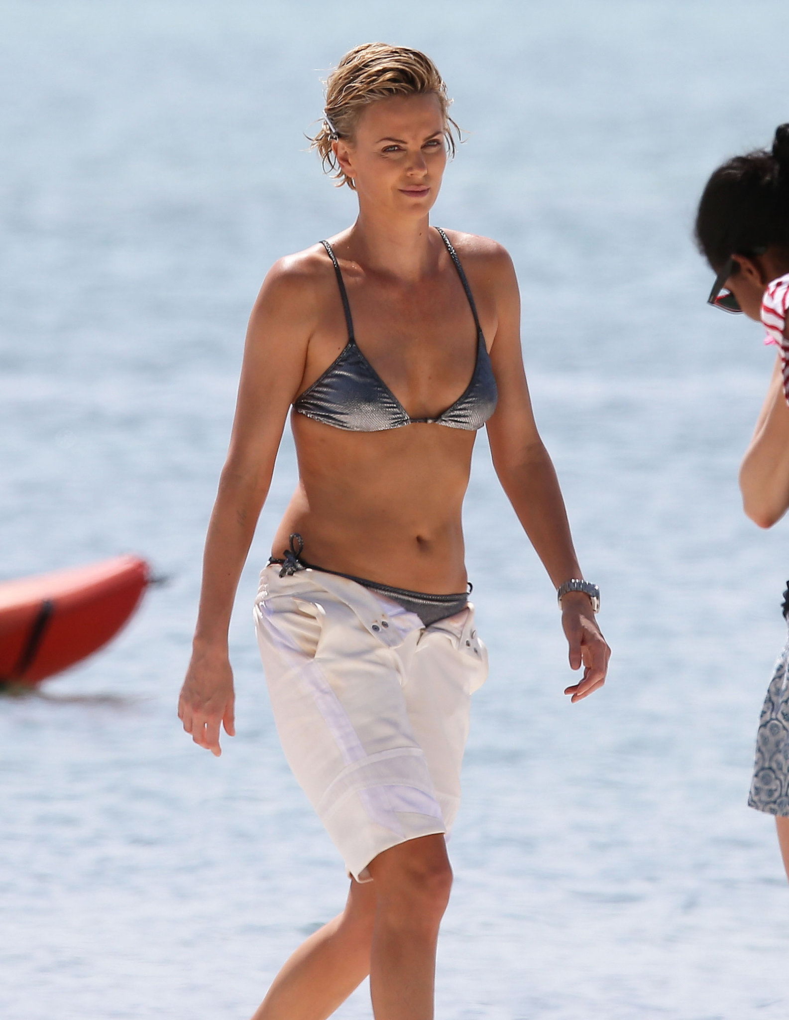 In March 2014, Charlize Theron wore a bikini in Miami for a photoshoot.