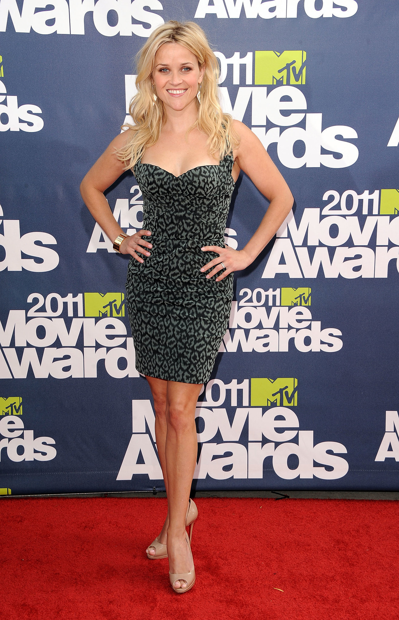 Reese Witherspoon in Zac Posen at 2011 MTV Movie Awards