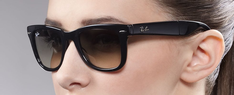 Google Glass to Go Mainstream With Ray-Ban and Oakley Frames