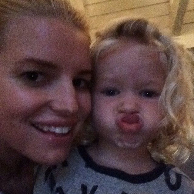 Maxwell Johnson (and her mom, Jessica Simpson) wished their followers a good night! Source: Instagram user jessicasimpson