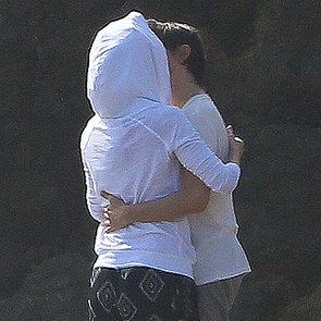 Kate Hudson and Matthew Bellamy Kissing on the Beach