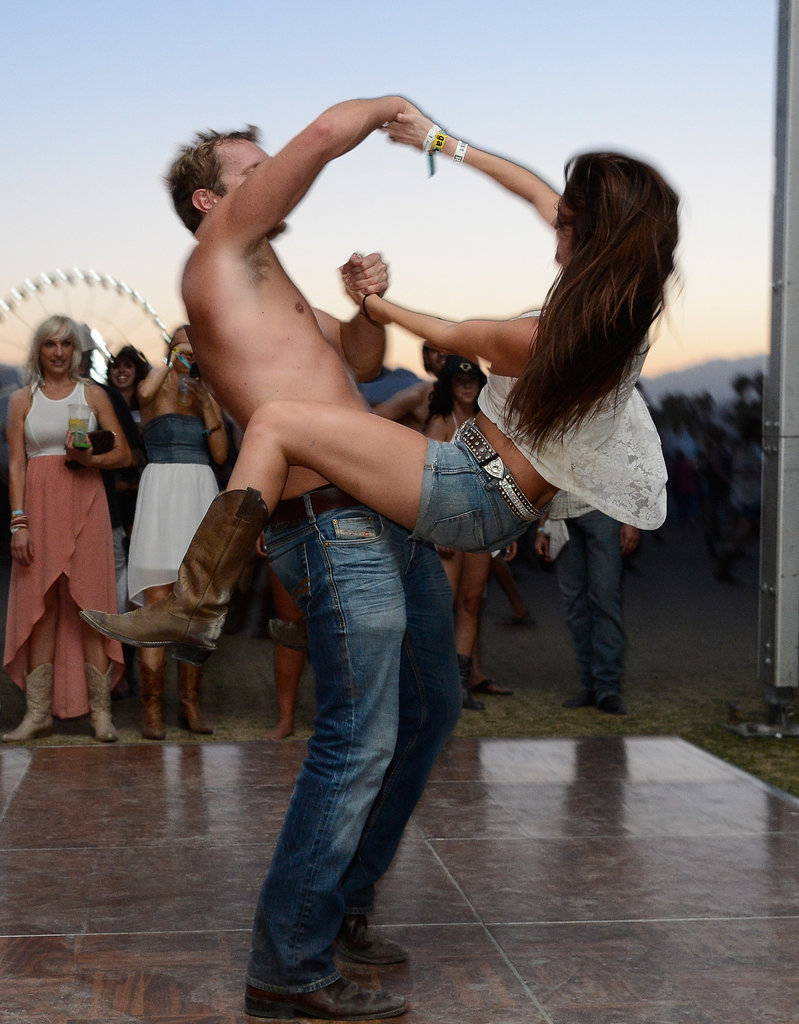 A couple got their dancing on at Stagecoach.