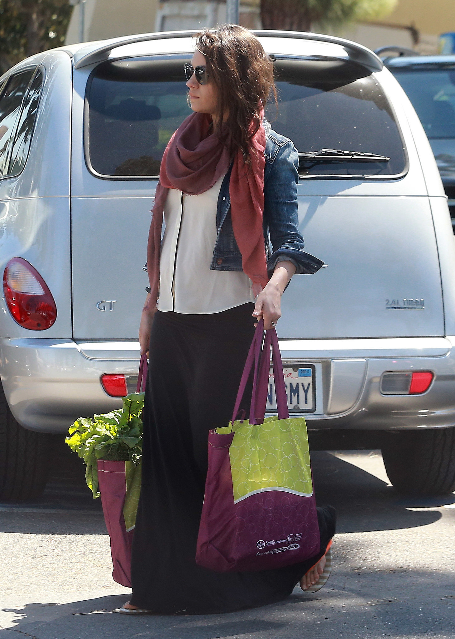 Mila Kunis Is Supercute Showing Her Bump and Shopping