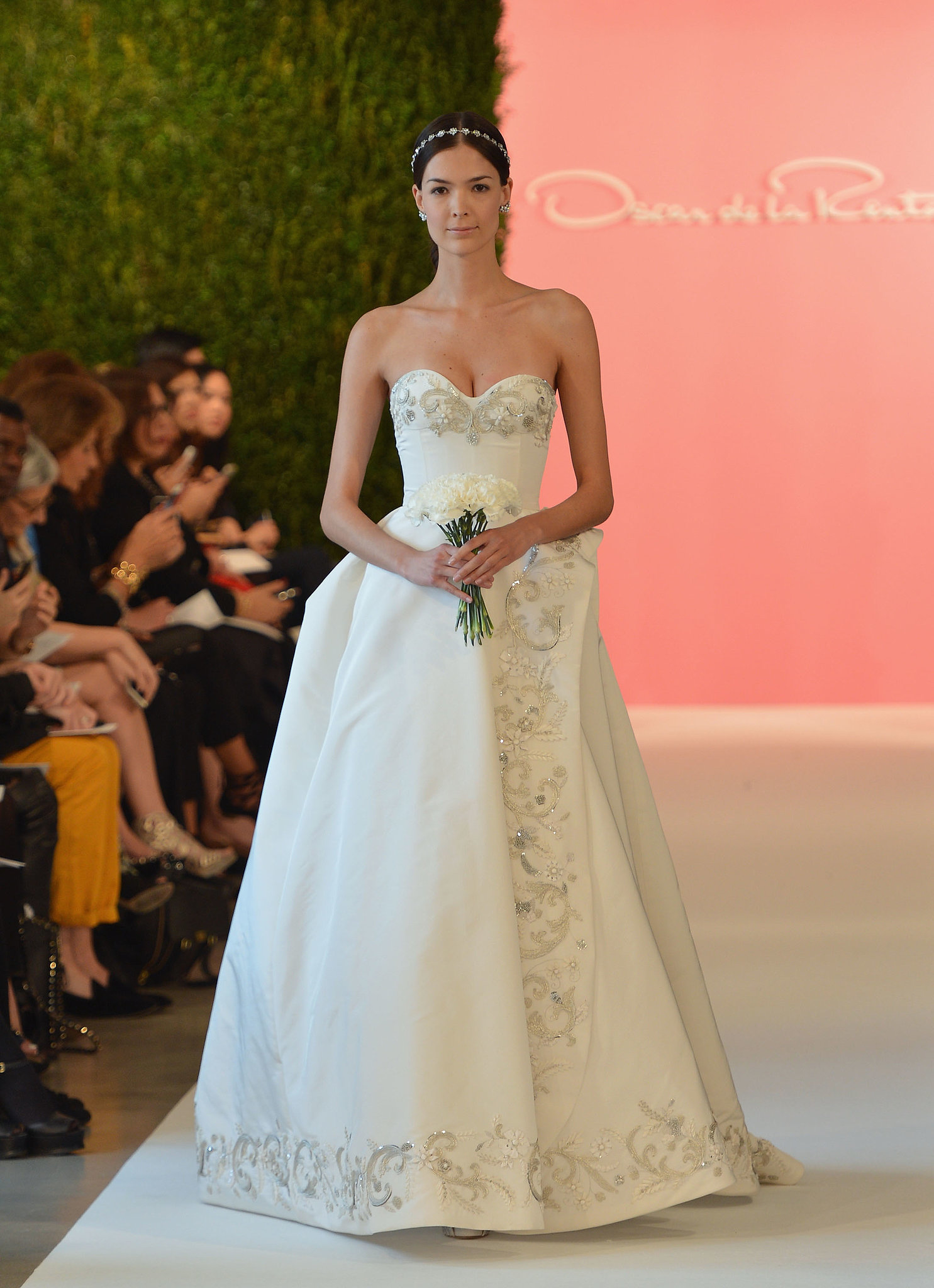 oscar de la renta bridal spring 2015 there was something. Black Bedroom Furniture Sets. Home Design Ideas