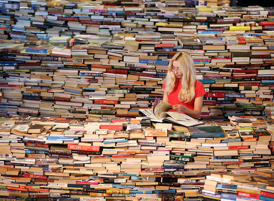 50 Signs You're Addicted to Reading
