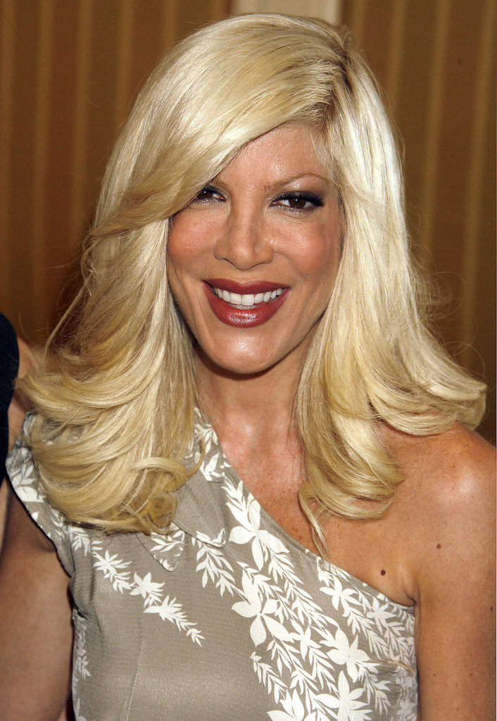 2009: She Made a Cameo on the CW's 90210 Spinoff, Released Her Book Mommywood, and Got Even Blonder
