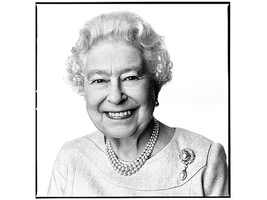 New Portrait of Queen Elizabeth Unveiled for Her 88th Birthday