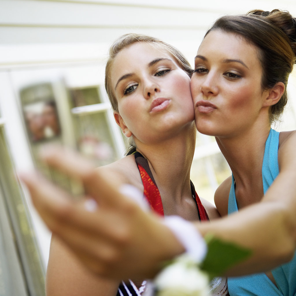 Смотрит как ее муж с подругой смотреть онлайн 10 фотография